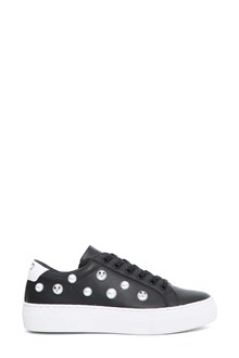 MOA Sneaker with pearls