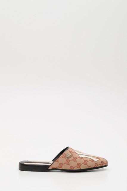 ab8597147e1 Women Original GG slipper with NY Yankees™ patch disponibile su ...