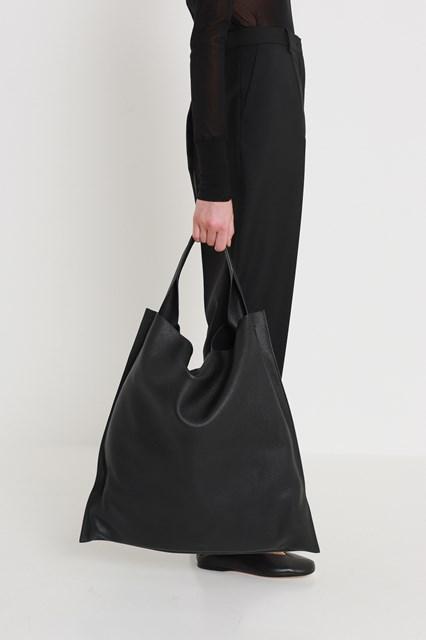 88ef6396ddcd Women Xiao bag disponibile su gaudenziboutique.com
