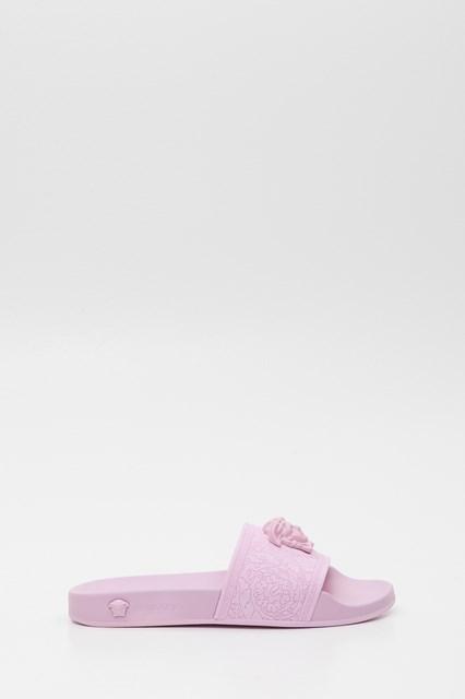505552e391ef4 Women Medusa Head slide sandals disponibile su gaudenziboutique.com