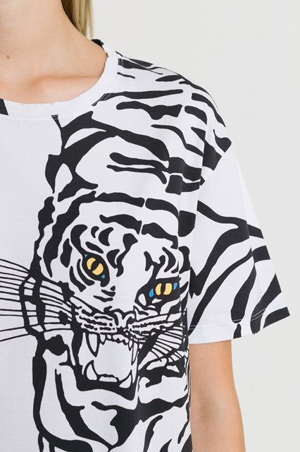 e7f4eaac Women Tiger print Tee disponibile su gaudenziboutique.com