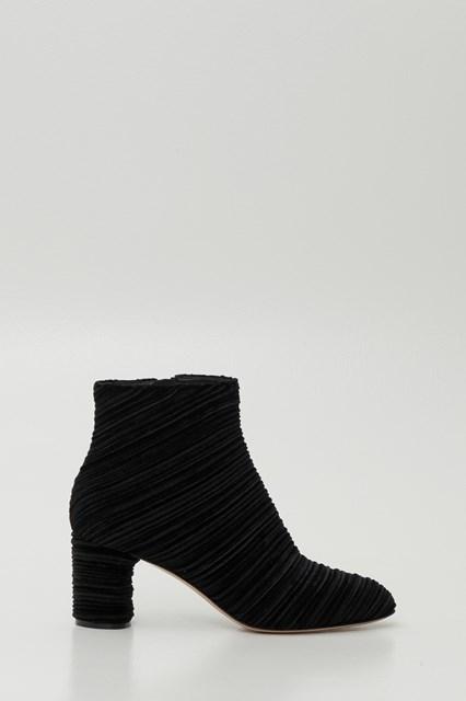 95ad6965b03233 Women Echoes ankle boots disponibile su gaudenziboutique.com
