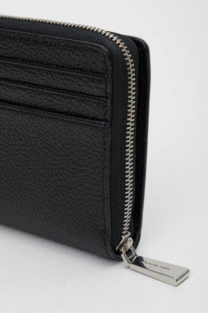 df0174d4674d Women Zip around snap wallet disponibile su gaudenziboutique.com