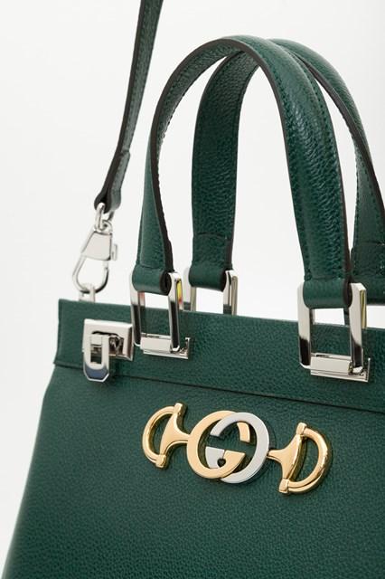 96cb8391f Women Gucci Zumi grainy leather small top handle bag disponibile su ...