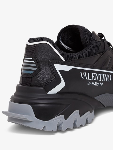 valentino garavani climbers
